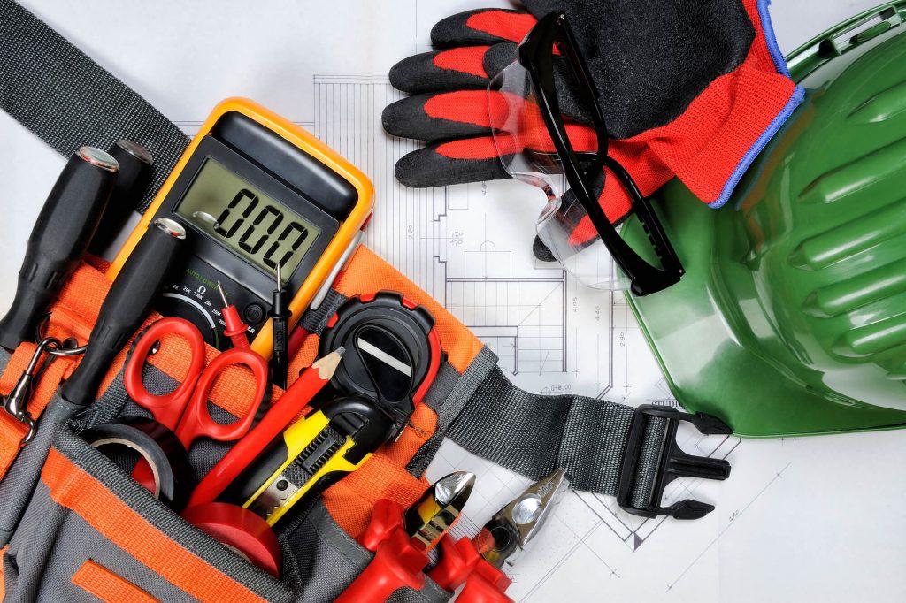 電気工事で使う工具類